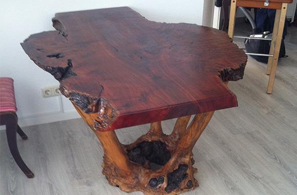 Immer ein unikat m bel nach ma gerhard holz for Tisch vollholz design