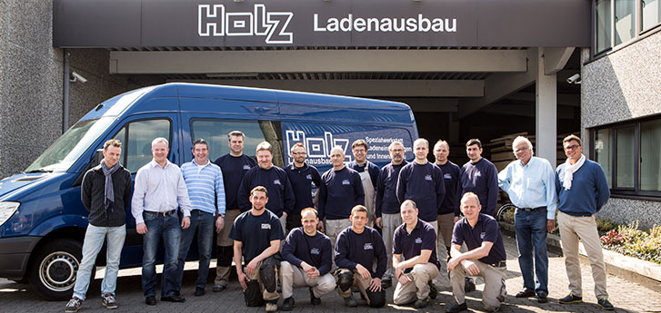 https://www.holz-ladenausbau.de/uploads/images/slideshow/header/holz-ladenausbau-team.jpg